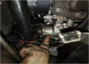 Método de substitución da bomba de auga eléctrica BMW